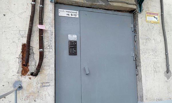 антивандальное покрытие на двери